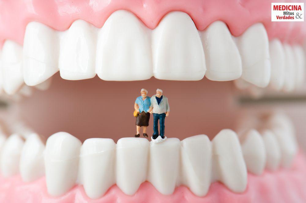 Por que os dentes dos idosos caem?